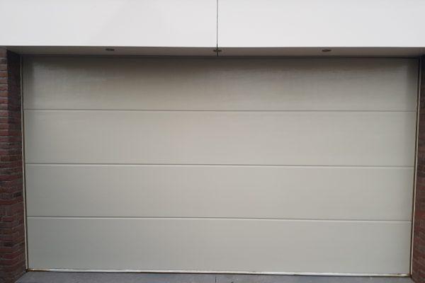 garagepoort 1
